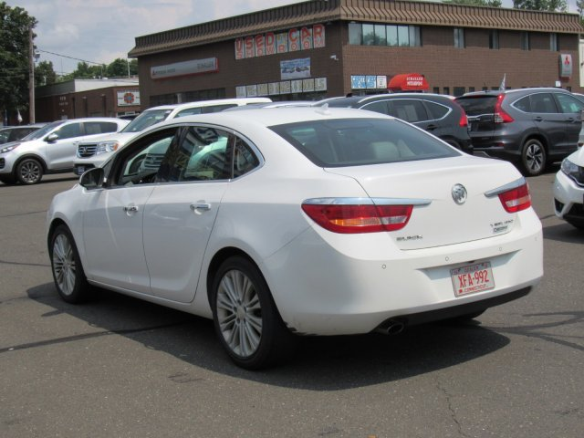 Pre-Owned 2013 Buick Verano Convenience Group FWD 4dr Car
