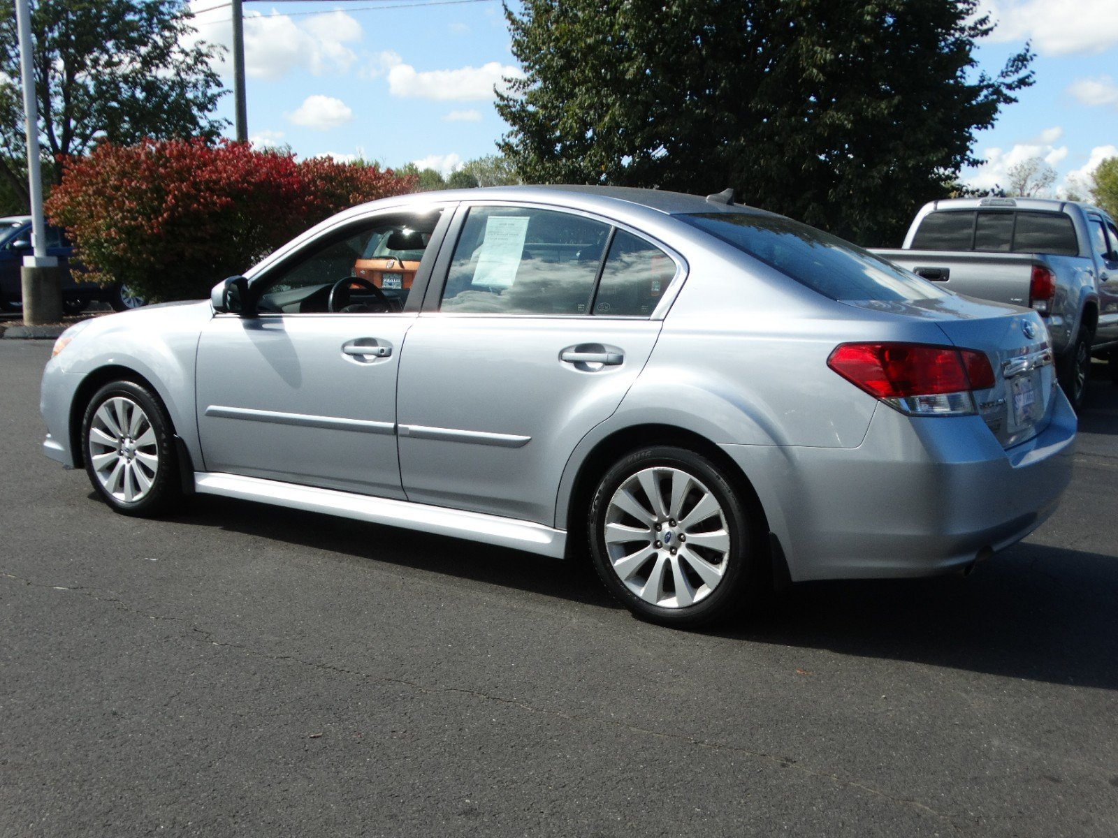 pre-owned 2012 subaru legacy 2.5i limited 4dr car in berlin