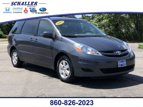 Pre-Owned 2009 Toyota Sienna LE FWD Mini-van, Passenger